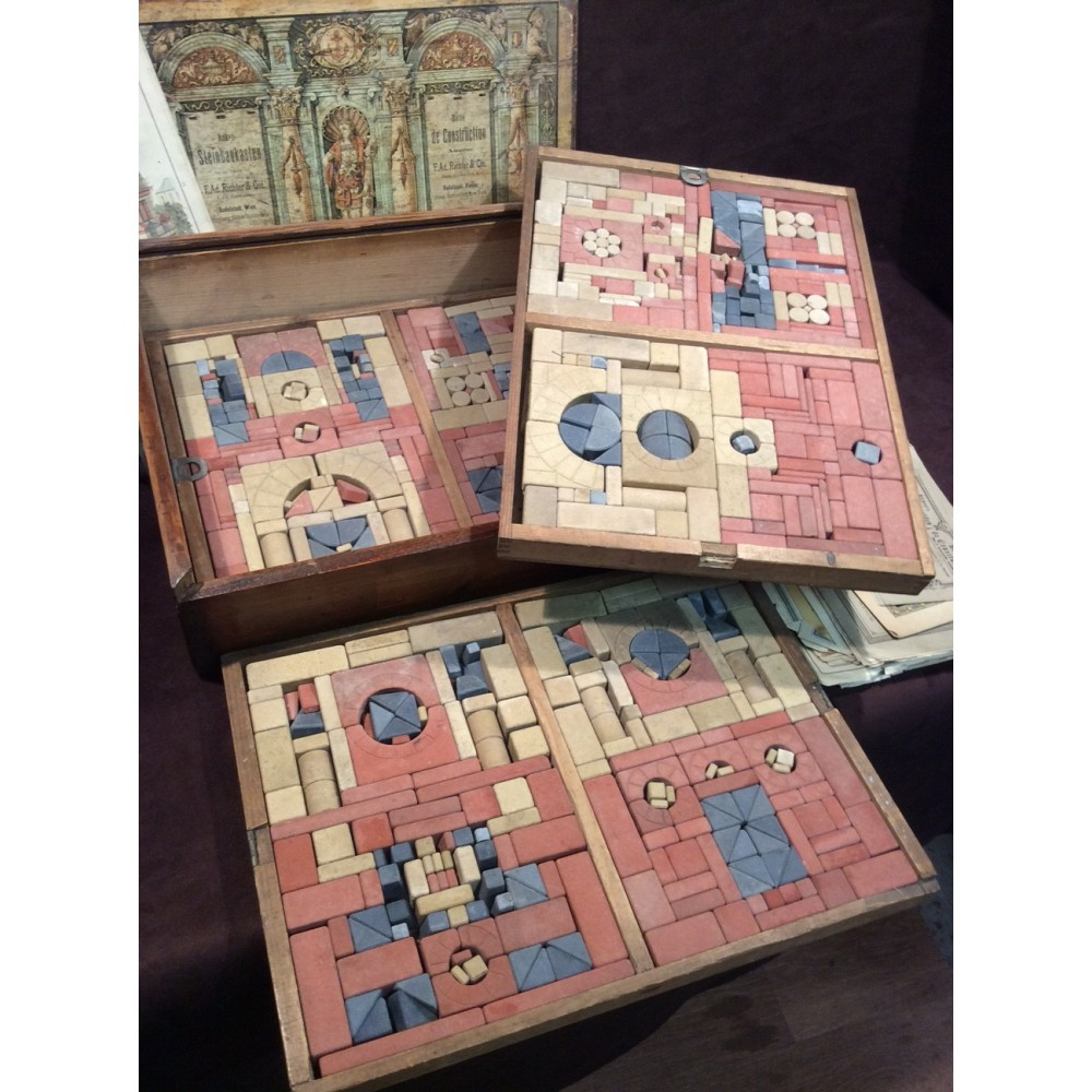 Victorian Richter Anchor building block set